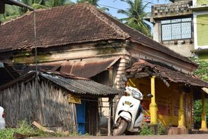 Goa Explored From A Local's Perspective- Old Goa, Cumbarjua and St. Estevam - #SwipeRightToTravel
