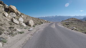 Breathless at 5600m: Cycling the Khardung La stretch