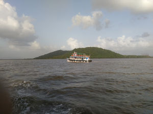 Visiting Elephanta Caves