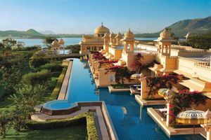 The Oberoi Udaivilas Bar 1/undefined by Tripoto