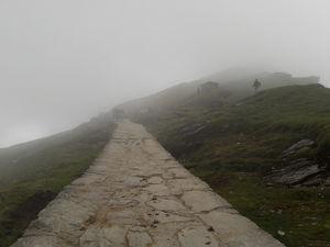 In admist of mountains, chopta-tungnath trek is path to heaven#offbeatuttarakhand