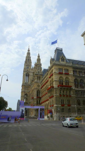 Why a visit to Vienna is a must during one of your stopovers in Europe!