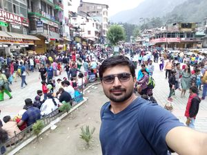 Mall Road, Manali #SelfieWithAView #TripotoCommunity