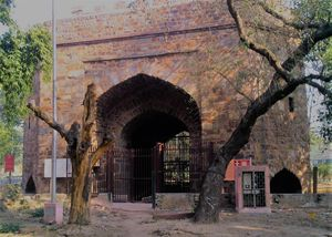 The Gate With A Gory History - Dilli's Khooni Darwaza