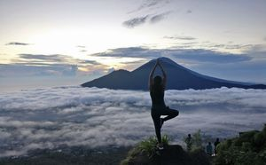 Mt Batur - hiking an active volcano!