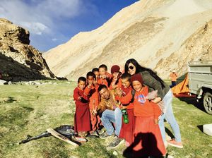 Those blissful 13 days of swiping right to meet new people on my journey to Ladakh..