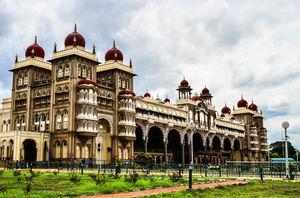 Mysore Maharajah's Palace (Amba Vilas) 1/4 by Tripoto