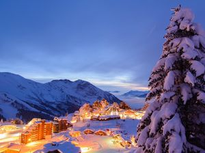 This Hidden Fairy-Tale Resort In The Snowy French Alps Is A Gateway To Heaven