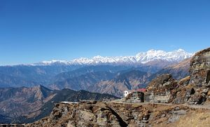 Standing in the Middle of a Himalayan Amphitheater: My Trek to Tungnath-Chandrashila