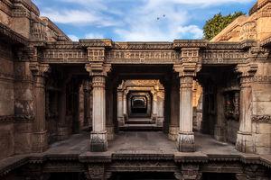 A Solanki Architectural Marvel - Adalaj ki Vav