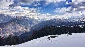 Kedarkantha Trek, Uttarakhand.