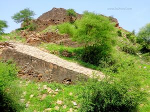 Madhogarh Fort, Madhogarh - A Fort Lost in Time