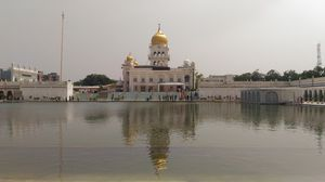 Gurudwara Bangla Sahib - Cleanse your soul at this holy place in Delhi