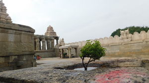 Mystical Lepakshi: A short and sweet trip