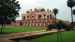Humayun's Tomb – A look into Mughal History