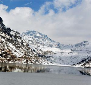 Tsomgo Lake – A paradise during winter