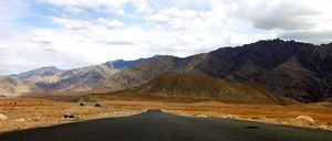 Ladakh - A full circuit roadtrip