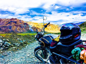 Cheap Thrills:How two novice travellers explored Ladakh with just 15k in their pockets.