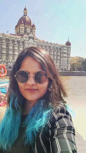 Nothing says Mumbai Darshan as a selfie with the iconic Taj Hotel #SelfieWithAView #TripotoCommunity