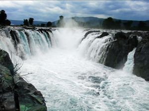 Hogenekkal Falls: The Royal Jump