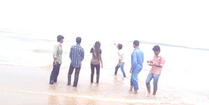 A Day trip to Aksa Beach - #AaaChaltiKya