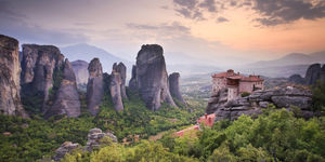 Meteora 1/undefined by Tripoto