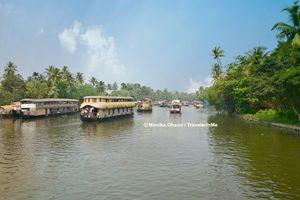 Alleppey Backwaters: The Kettuvallam Sojourn