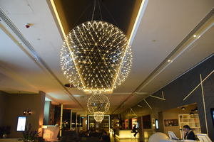 Shining at the night. #PullmanLondon Lobby @jetairways @tripotocommunity #BestTravelPicture