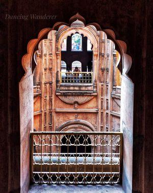 #BestTravelPicture #Architecture #ShahiBaoli #BadaImambara #Lucknow #DancingWanderer????