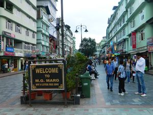 MG Marg Market 1/11 by Tripoto