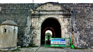 Fort Jaffna 1/undefined by Tripoto