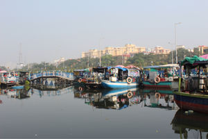 The floating market that you need to see in Kolkata for a perfect visual delight!