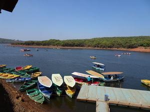 Venna Lake 1/2 by Tripoto