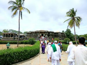 4 Days trip to Karnataka. Witness the might of Hoysala !!!