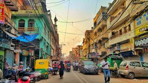 A walk through the streets of Old Delhi - The Vegetarian way!