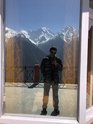 Objects in the mirror are closer then they appear. ????❤️ #SelfieWithAView #TripotoCommunity