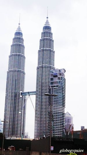 Petronas Twin Tower Kuala Lumpur City Centre Kuala Lumpur Federal Territory of Kuala Lumpur Malaysia 1/undefined by Tripoto