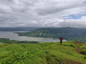 Beauty of sahyadri mountain range. Kenjalgad-Raireshwar trek.
