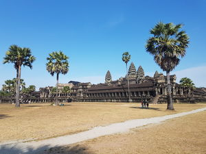 Backpacking though The Kingdom of Cambodia under 20K