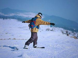 Snowboarding in Gulmarg, Kashmir