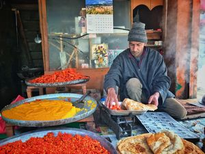 Tangmarg Market 1/undefined by Tripoto