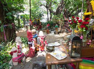 Most Unusual & Eccentric Shrines Worldwide
