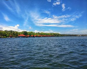 Pristine Pictures of Poovar