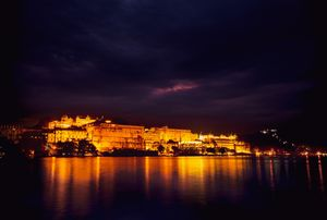 Most amazing evening view to catch in Udaipur #rajasthaninphotos