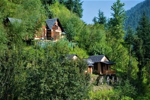 Why Travelers from 83 countries including India chose to stay in this cottage in the Himalayas?