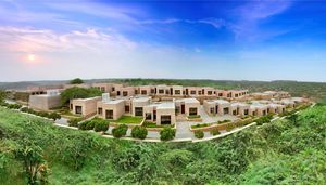 Aim #1 For February: Have A Lit Vacay at Lalit Mangar Located in the Lap of Aravallis