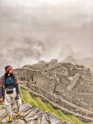 Gawking at the Gorgeous ruins of Machu Picchu #SelfieWithaView #tripotocommunity