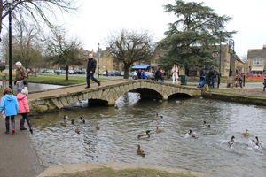 Bourton-on-the-Water 1/undefined by Tripoto