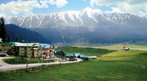 Kashmir Guide : Part 3 - Gulmarg : Where diazepam runs in the air
