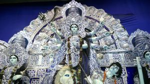 Here's a Look at How the Rest of the World Celebrates Durga Puja